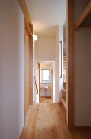 スキップフロアの家|中野区南台の住宅、木の家ことなら大栄工業